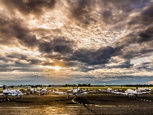 airport, Planes, Sky, clouds