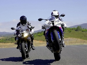 BMW S1000RR, Two cars