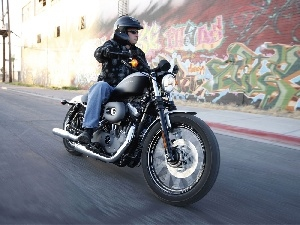 circle, Harley Davidson XL1200N Nightster