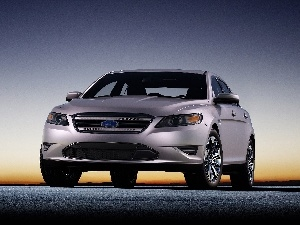 commercial, Ford Taurus