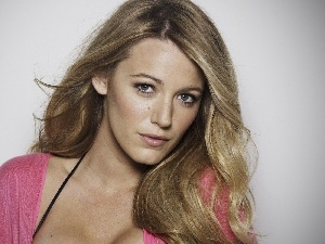Pink, Sweater, Blake Lively