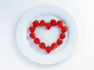 Heart, plate, strawberries