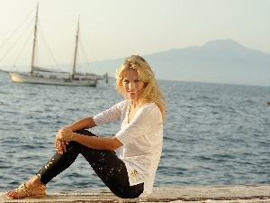 sailing vessel, sea, Luisana Lopilato, Smile