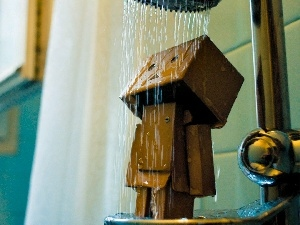 Shower, M&Ms mate, Danbo, cardboard