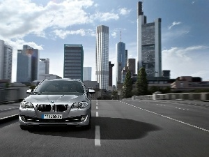 Street, Town, Front, BMW seria 7 F01