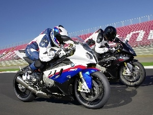 track, BMW S1000RR, Motorcyclist