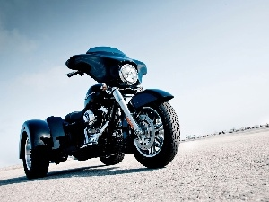 tricycle, Harley Davidson Street Glide