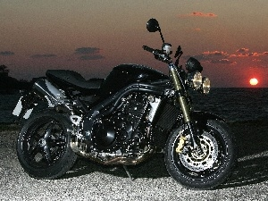 Triumph Speed Triple, naked, Black