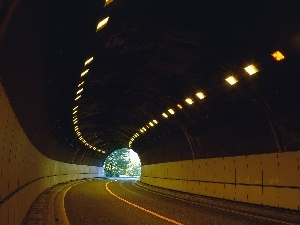 tunnel, Floodlit