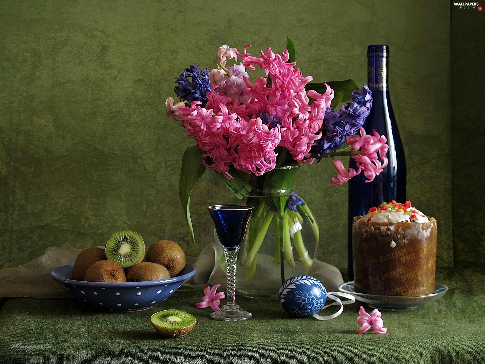 Easter egg, kiwi, Wine, bouquet, cake, hyacinths, Red