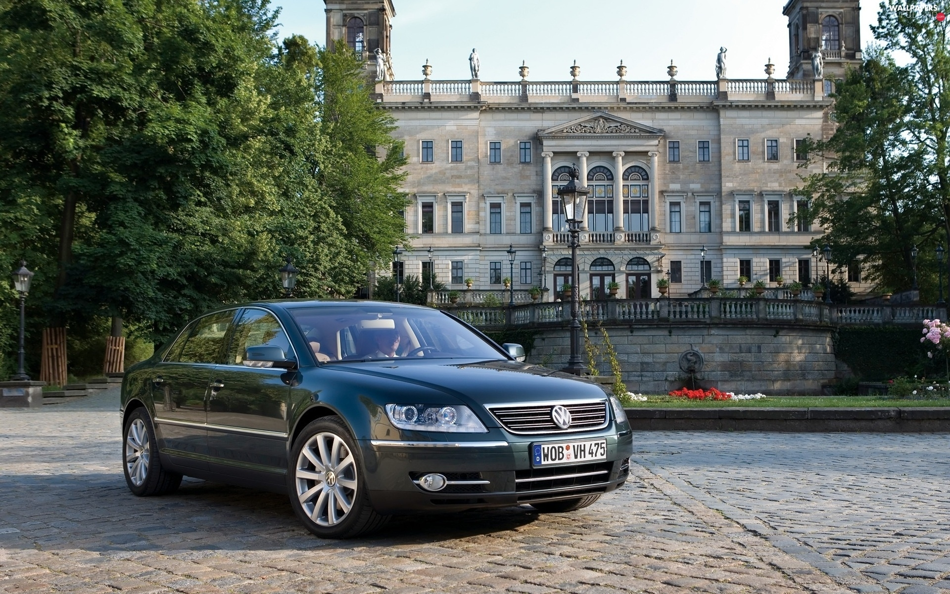 Volkswagen Phaeton, viewes, house, trees